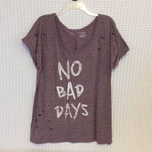 Crop sleeve distressed T-shirt